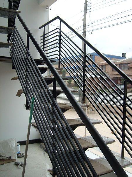 Resultado de imagen para escaleras metalicas exteriores - Escaleras de hierro para exterior ...