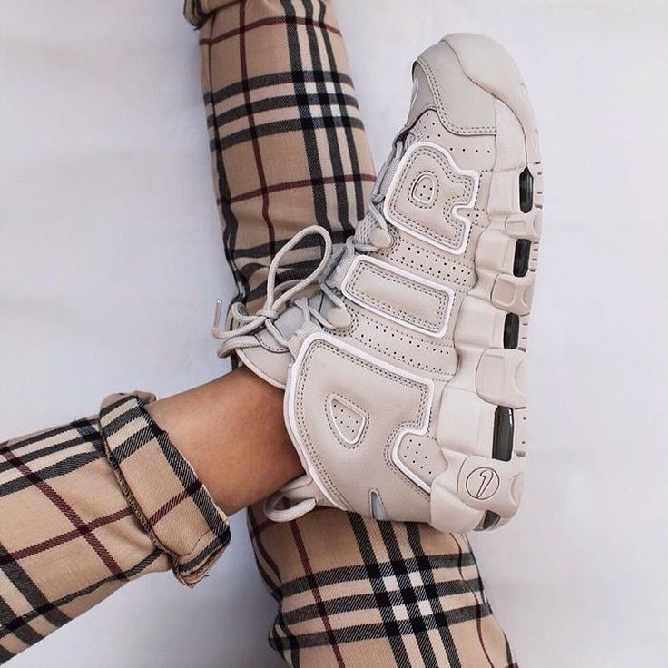 Aver imparato Metodo tecnico  Nike Air More Uptempo '96 | Trendy womens shoes, Nike air uptempo, Sneakers  fashion