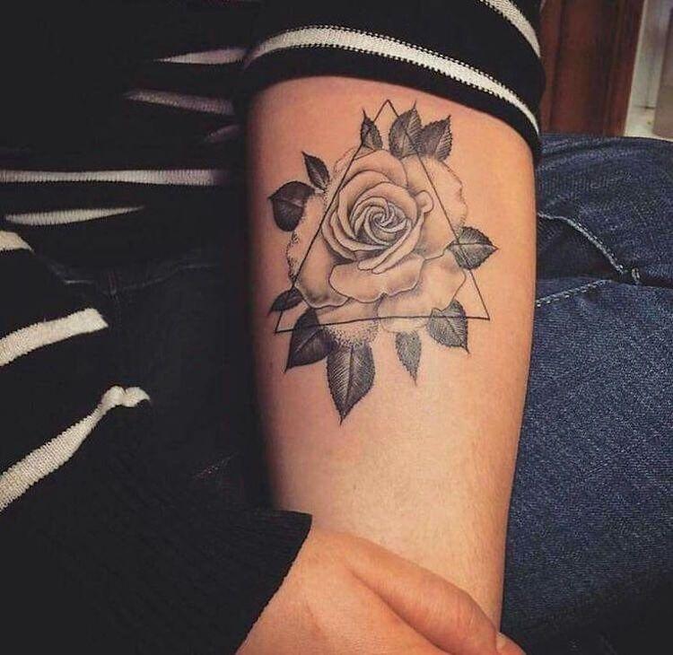 Tatouage Triangle Avant Bras Femme Tuer Auf