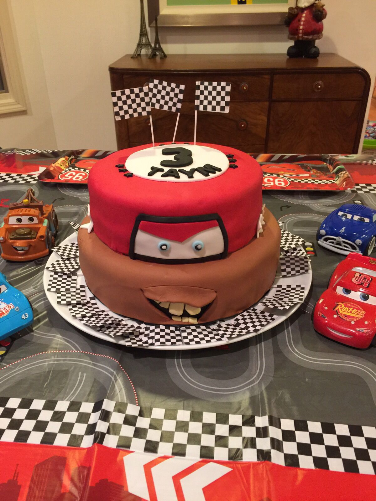 Pixar Cars Mater and Lightning Macqueen cake