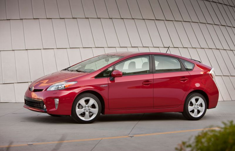 Driver Refuses To Pull Over For Cops I Drive A Prius Toyota