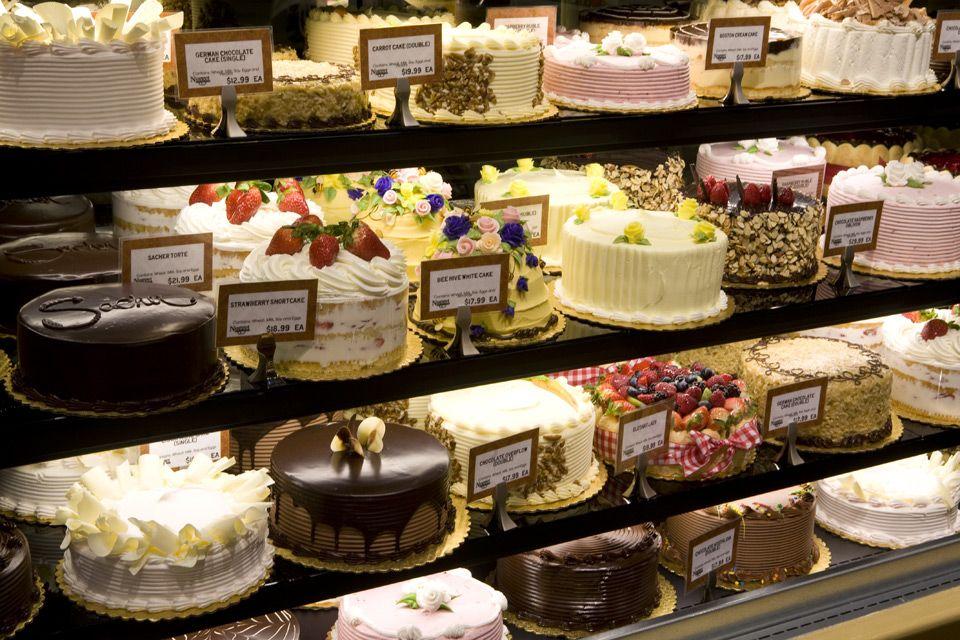 Best Bakeries on Long Island Shelves Birthday cakes and Best bakery