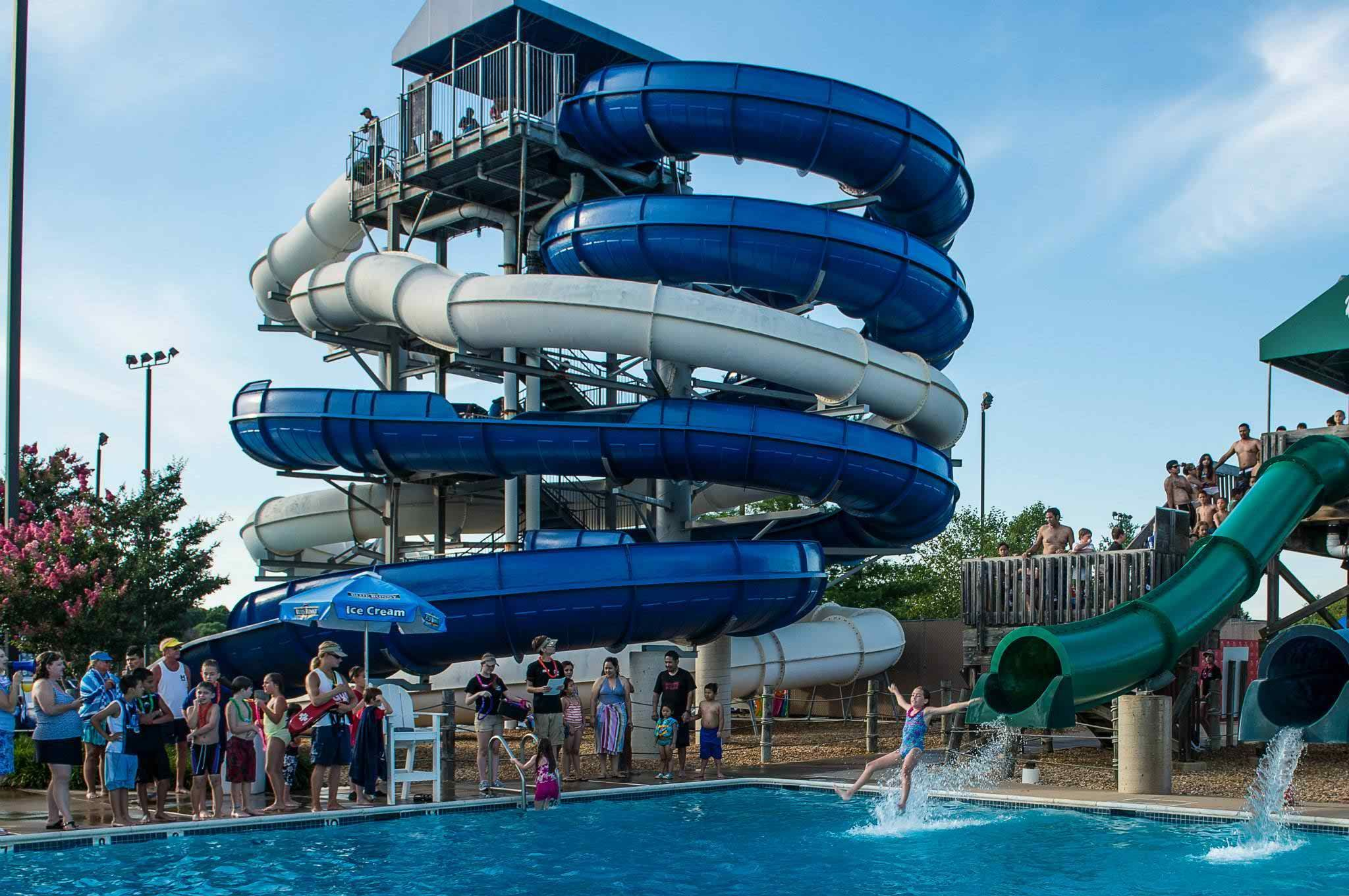 Splashdown Is Goa S Coolest Water Park The Facility Boasts Of 5 Pools A Variety Slides Flumes And Other Interesting Features