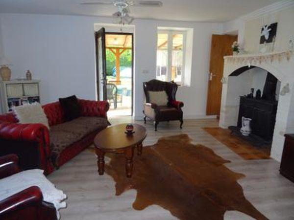 Vente Maison Ferme traditionnelle de 3 chambres en excellent état ...