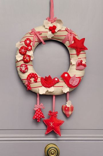 Decoration de noel a faire soi meme couronne