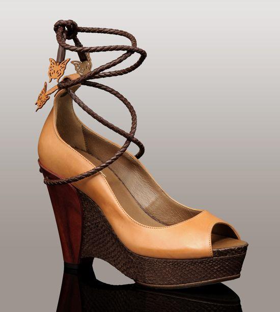 UGG Elettra shoes I saw at Elleni in Manhattan Beach