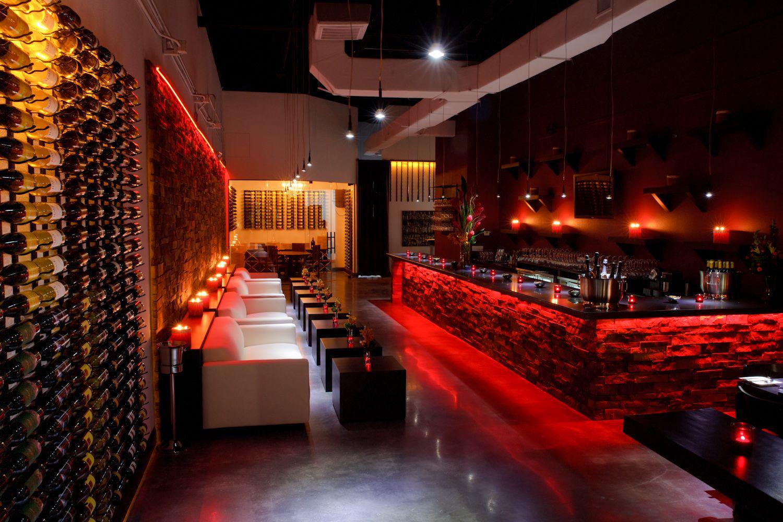 Http Www Ronagindin Com Useruploads Files Www Didpix Com Le Rouge Tapas And Wine Bar 008 Jpg Bar Lounge Design Wine Bar Bar Lounge