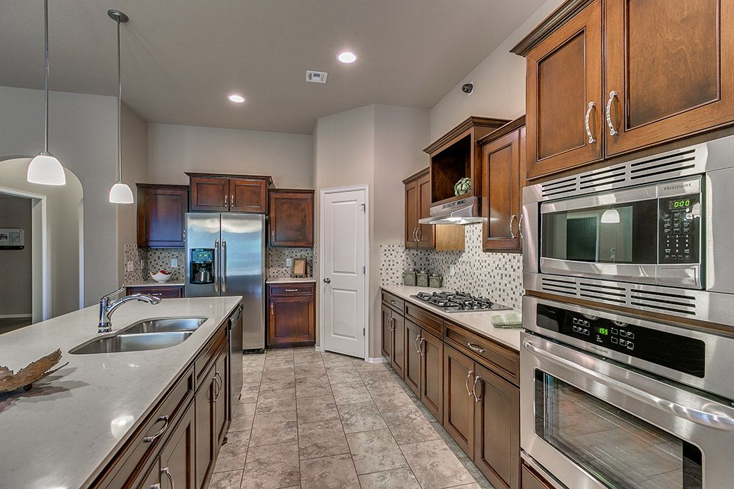 Kitchen Ideas Simmons Homes Archer Plan New Homes Tulsa Ok Microwave Wall Oven Gas Range With Hood Wall Oven Kitchen Wall Oven Home