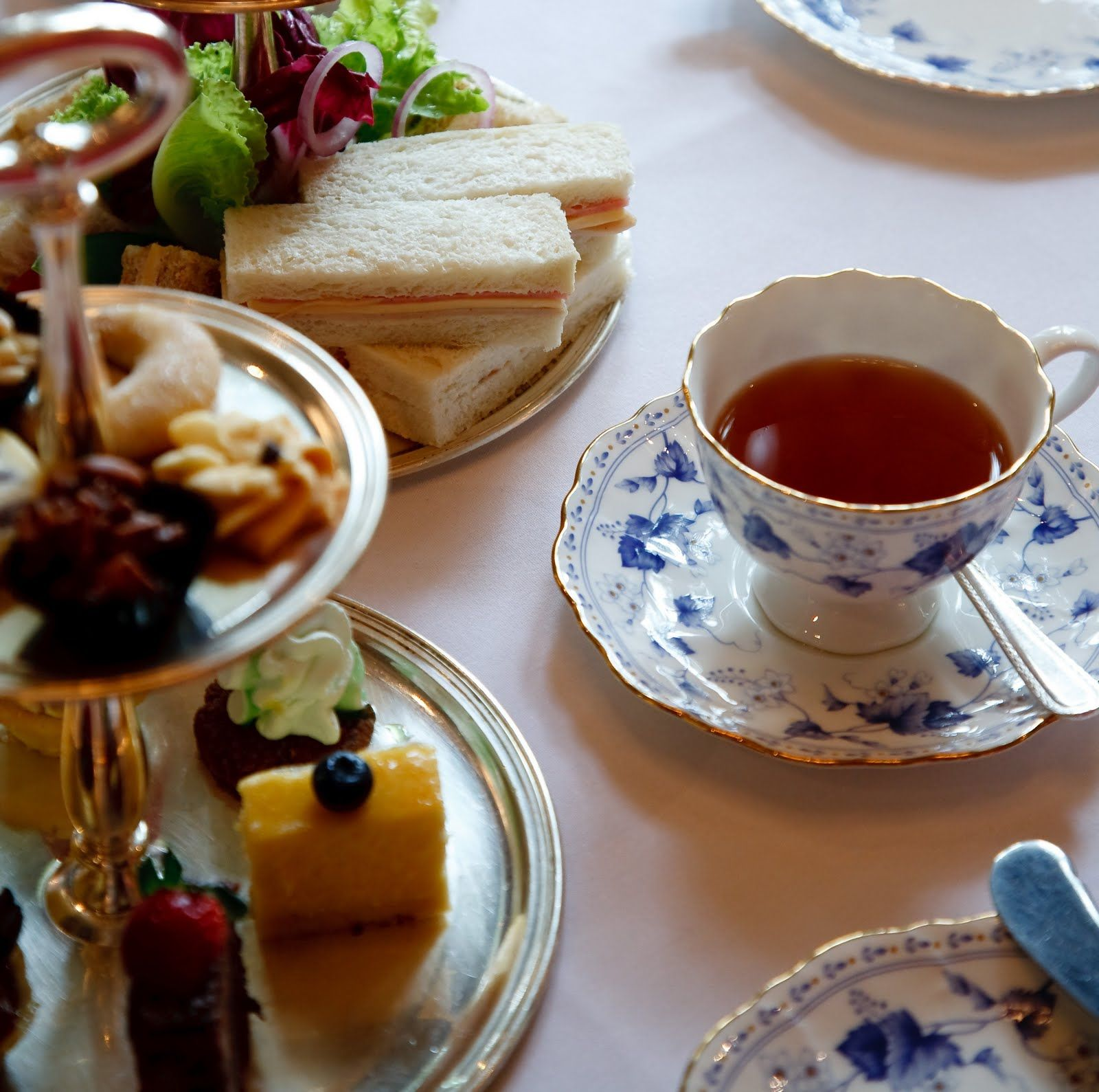 Another beautiful picture of High Tea.