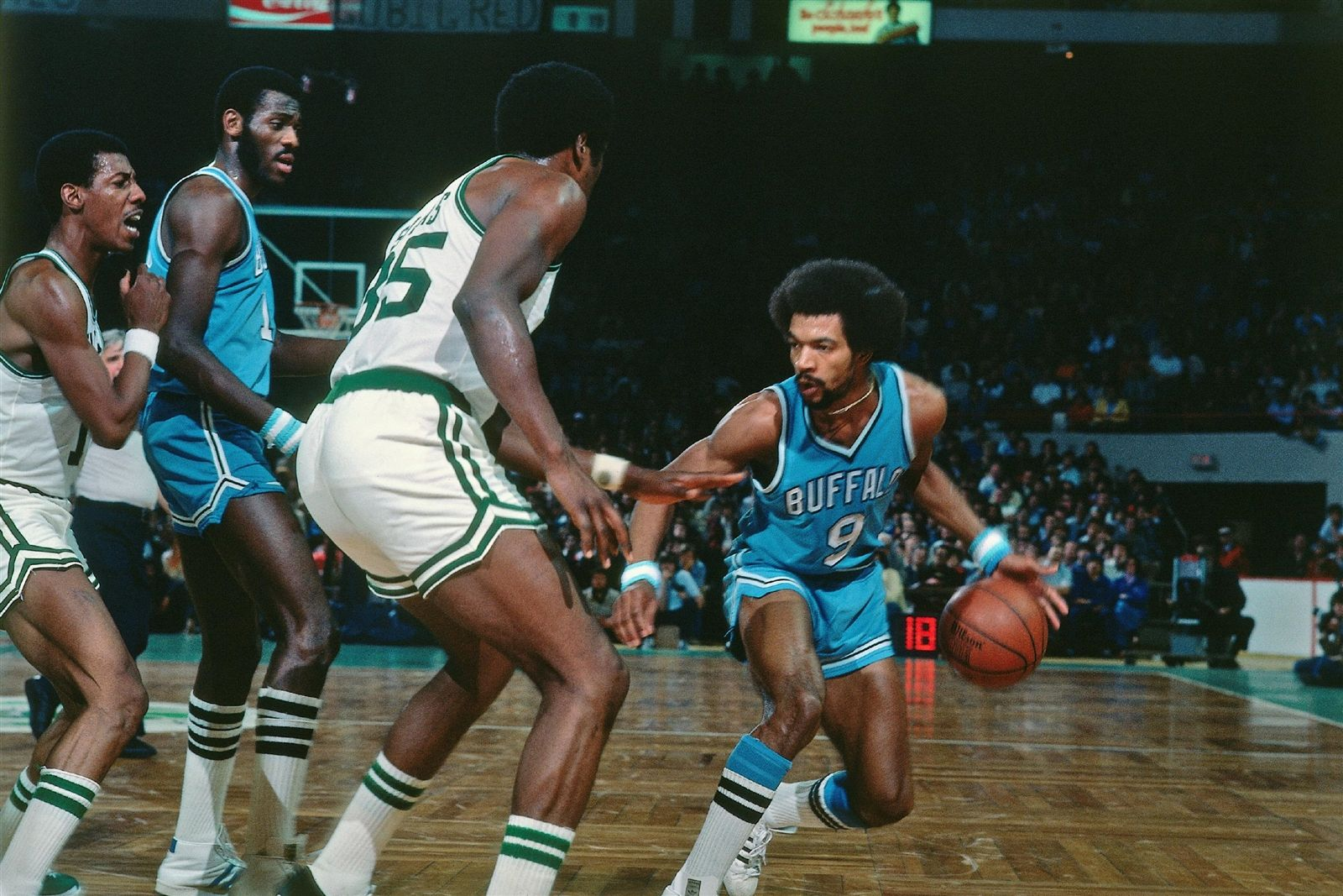 The Buffalo Braves Years With Images Basketball Pictures Braves Basketball Players