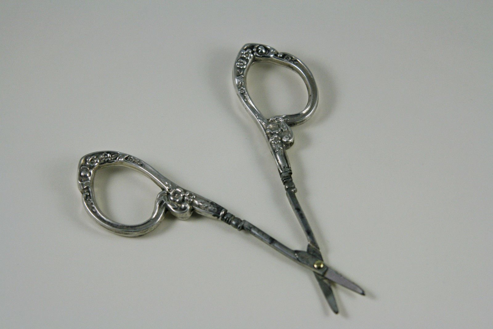 Antique Sterling Handled Embroidery Scissors Griffon