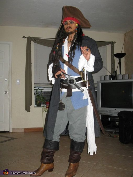 Homemade pirate costumes for men assembled his jack sparrow capt jack sparrow halloween costume contest at costume works solutioingenieria Images