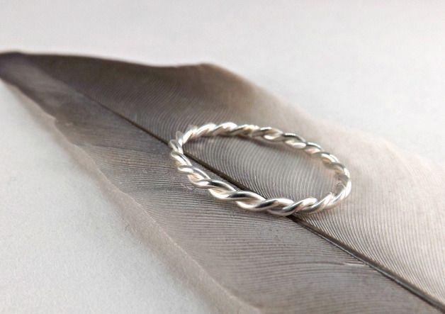 Vorsteckringe - zarter Silberring Kordelring Seilring - ein Designerstück von CrazyAssJD bei DaWanda