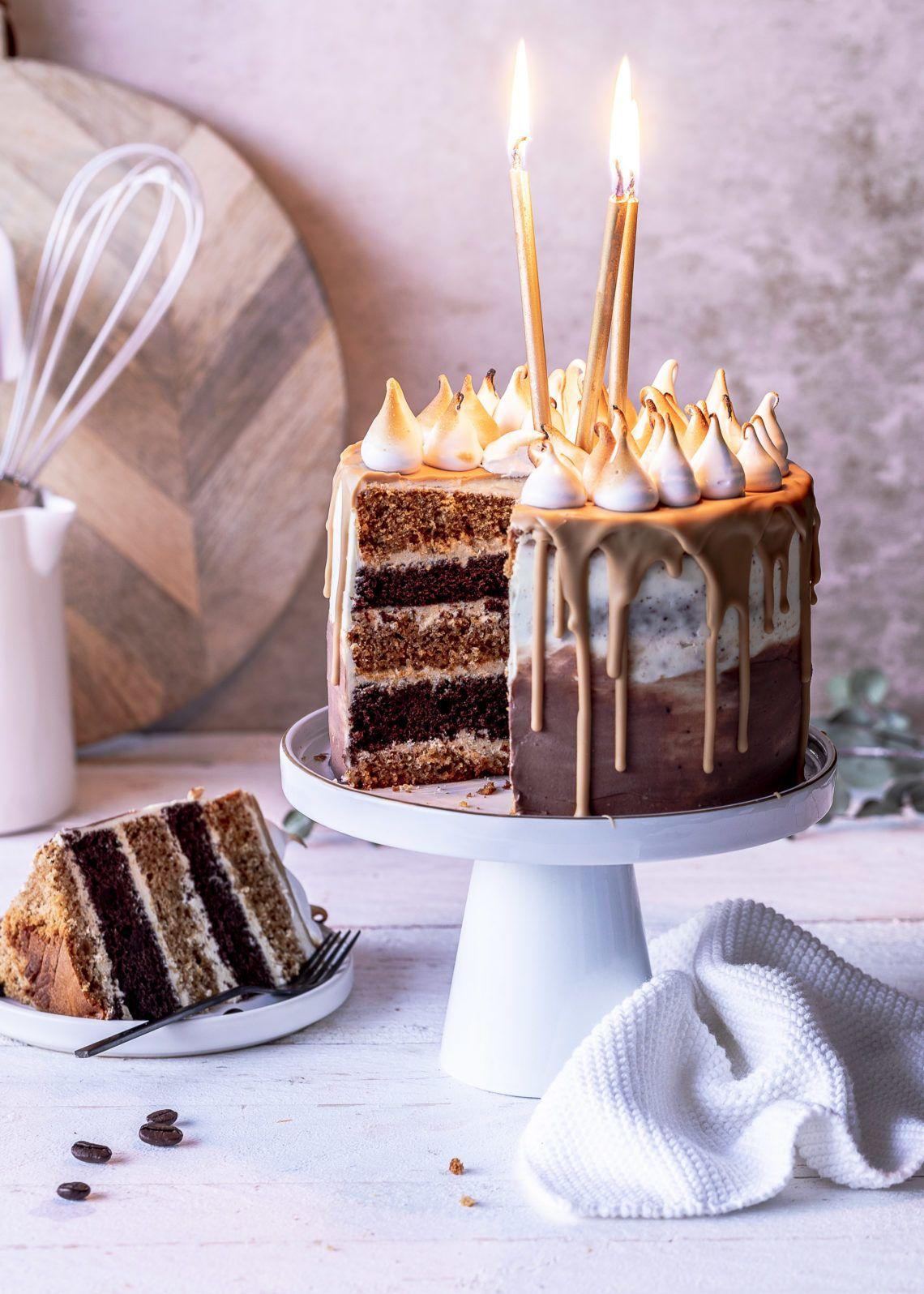 Photo of Kaffee-Karamell-Drip Cake   Emma's Lieblingsstücke