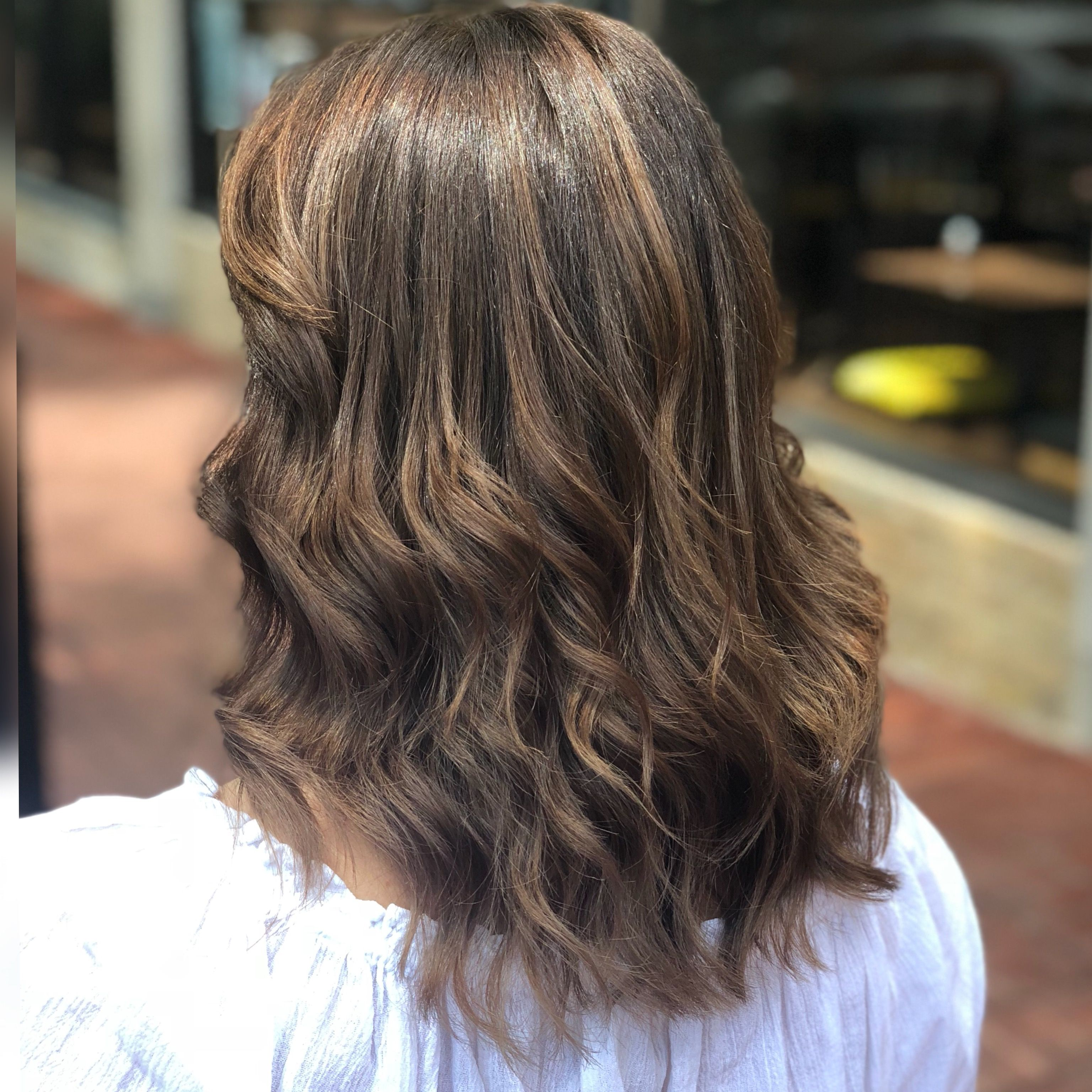 Warm balyage and style by ujonu balyage curlhair mediumhair