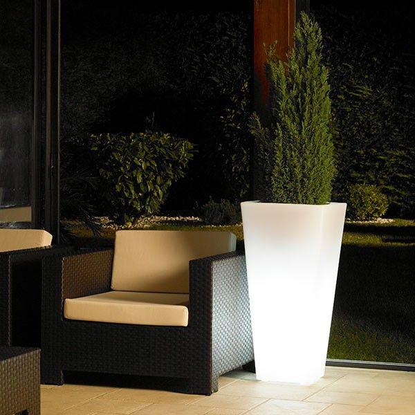 pot lumineux alto pot jardin fleur ext rieur lumineux. Black Bedroom Furniture Sets. Home Design Ideas