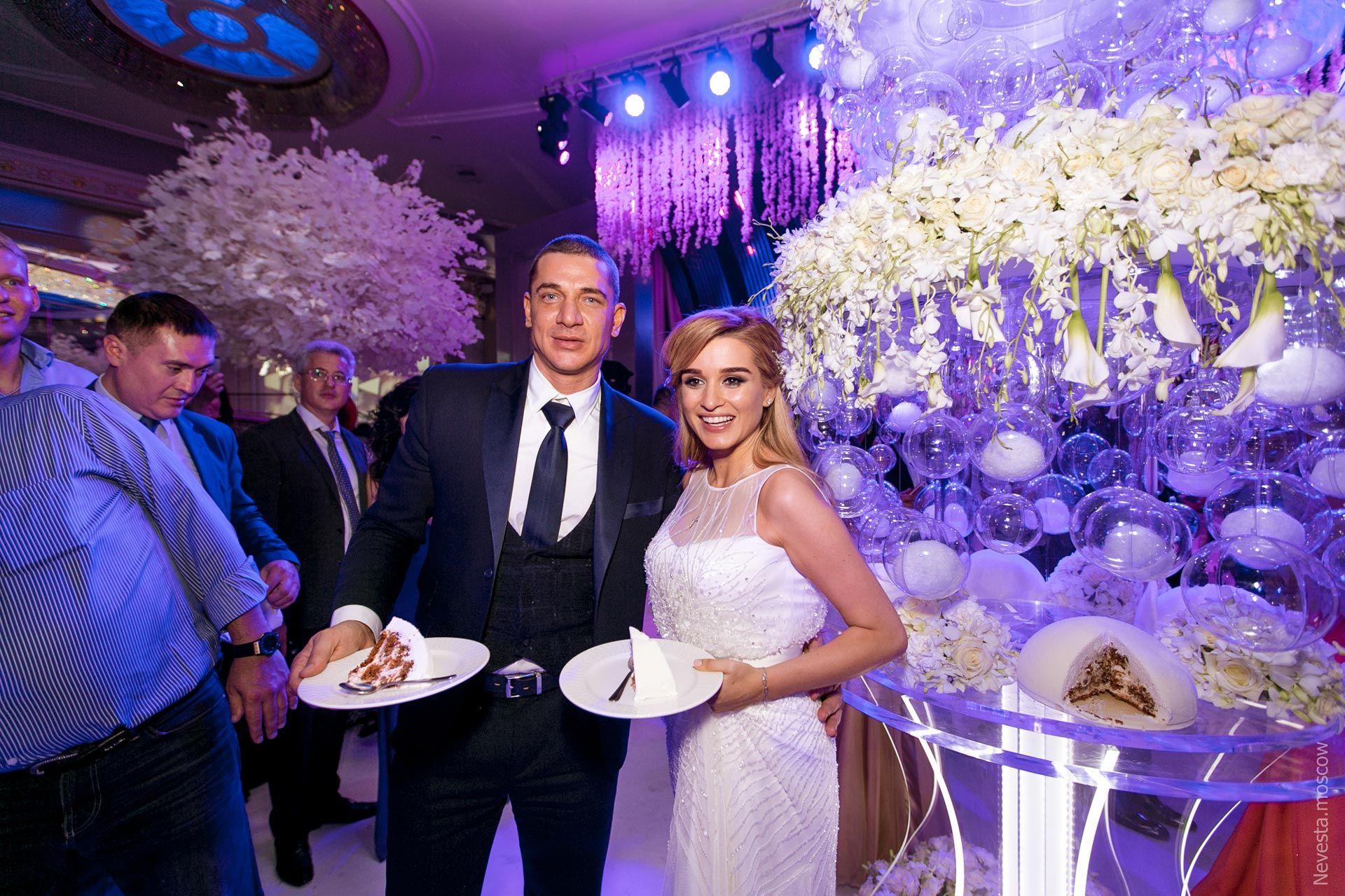 коньки торт бородиной на свадьбе фото платья