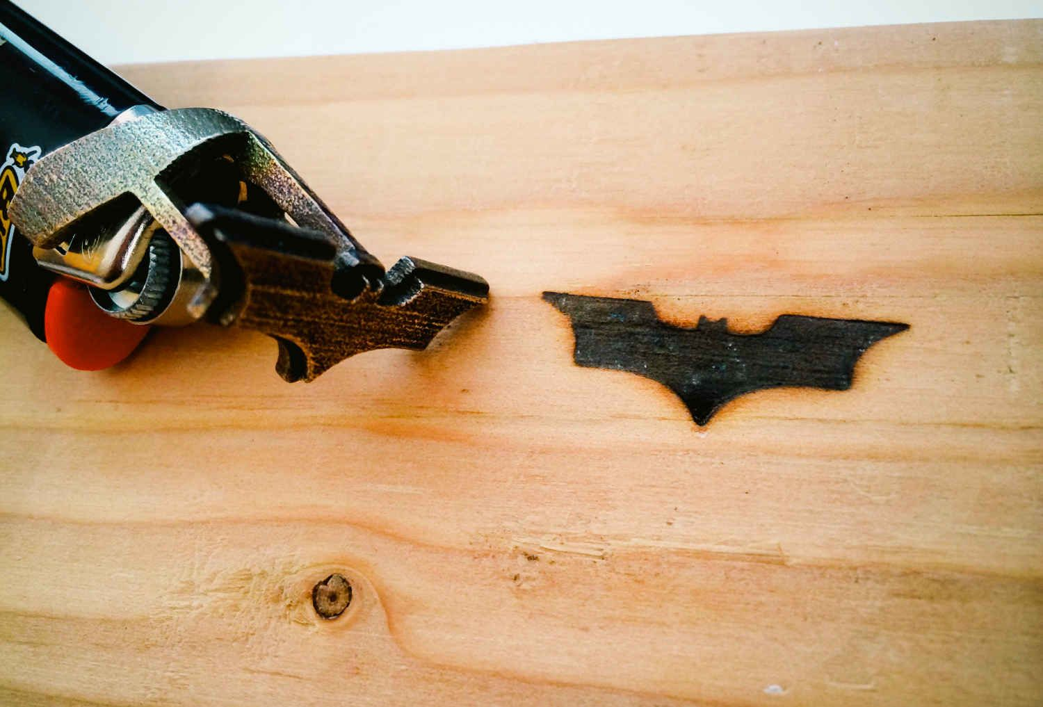 Brand The Batman Logo On Everything With This Lighter - Supercompressor.com