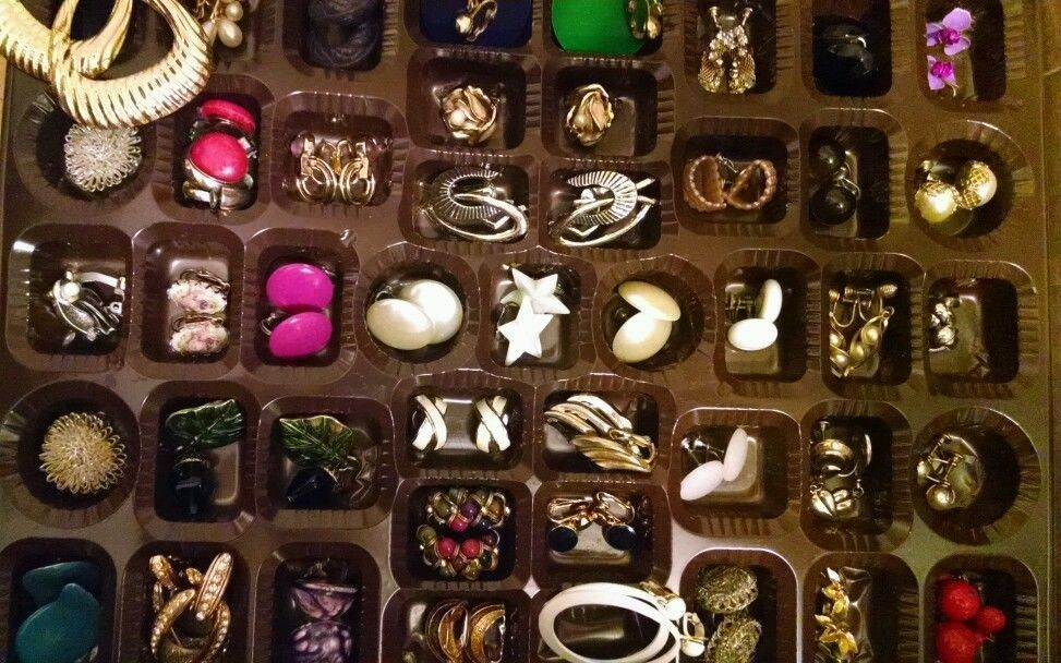 Vintage Earring Clip On Screw-backs Mixed Lot 40+ PAIR Wearable Some Signed EUC #mixedlot