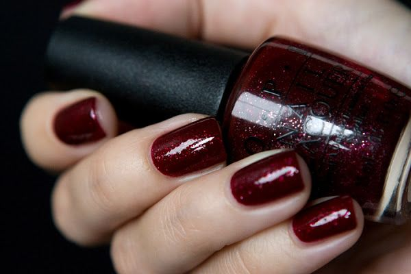 She is so irresistible: Opi Underneath The Mistletoe