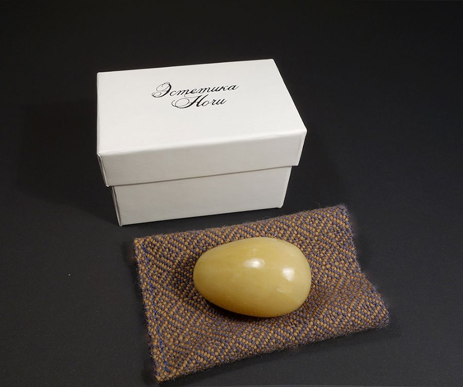 Вагинальное яйцо для упражнений по Кегелю из авантюрина от магазина Эстетика Ночи