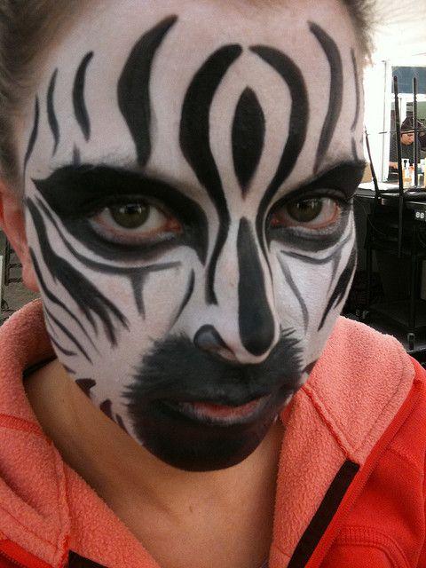 animal face paint   photo