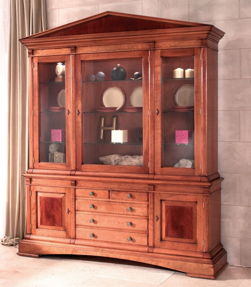 Cherry Wood Display Cabinet With Glazed Cupboards This Superb Has Been Designed