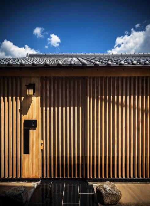 格子戸で扉もおしゃれにデザイン その 種類と特徴 格子 戸 アジア