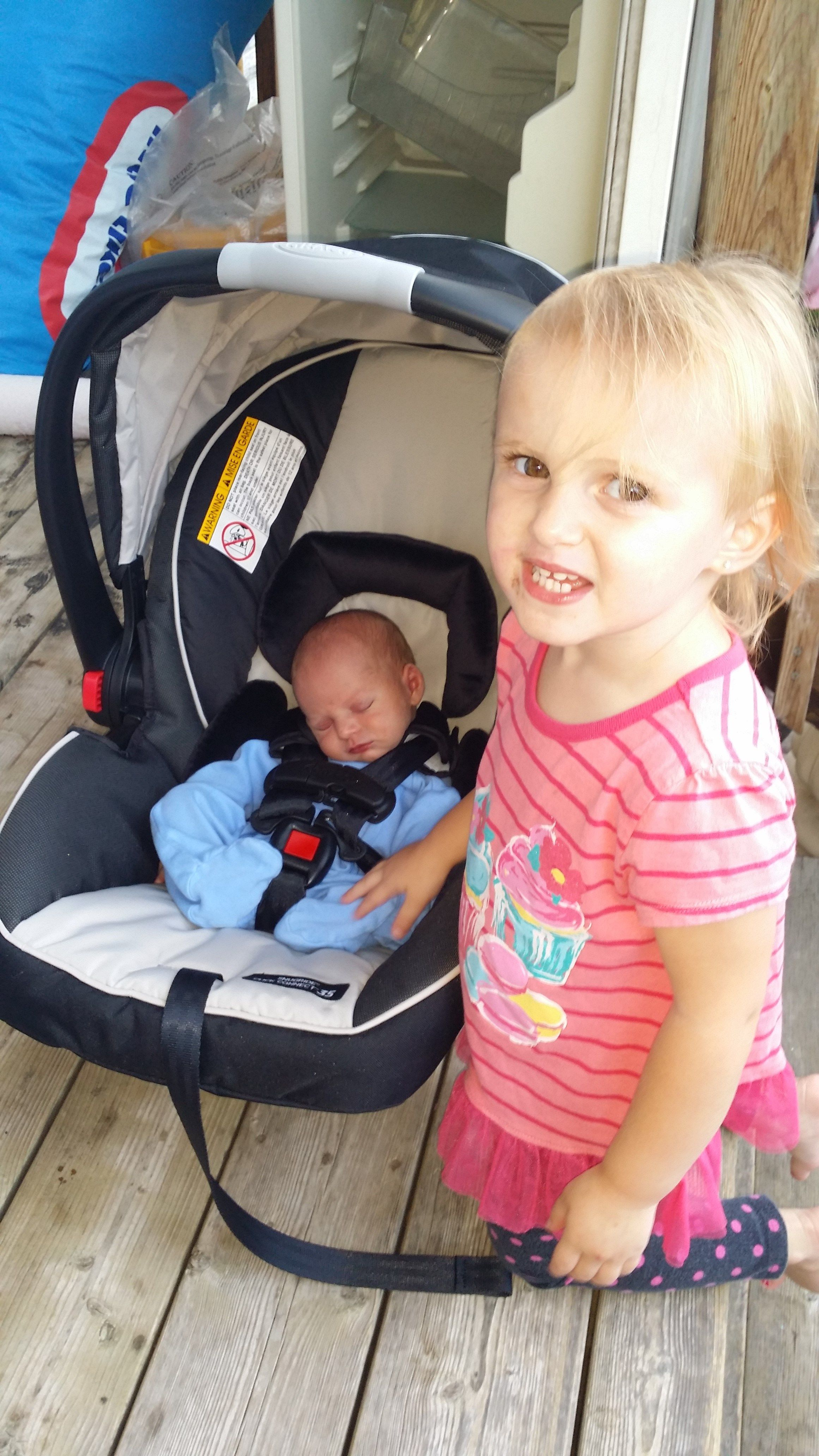 Graco SnugRide 35 Review and Giveaway Baby car seats