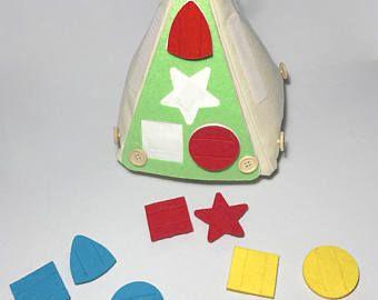 Pirámide de Entretenimiento para niños similar a Libro