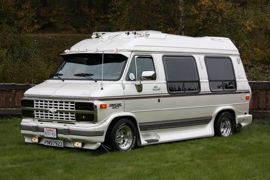 Hansolav 1992 Chevrolet Van 29922640010 Large Chevrolet Van Gmc