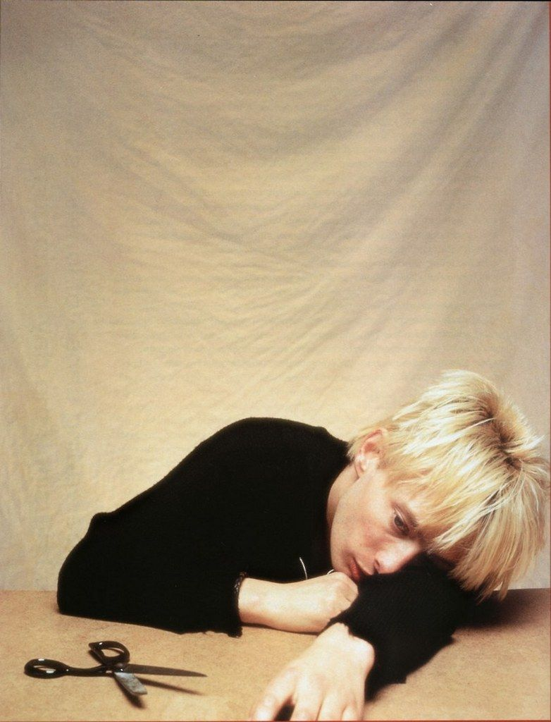 Thom Yorke - #Radiohead - By Patrick Pope, 1994