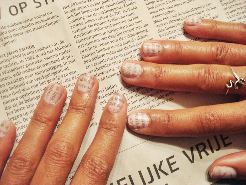 Easy tutorial: Newspaper Nails Art