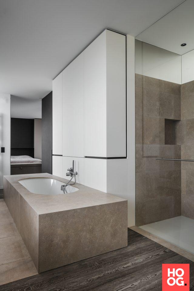 Luxe badkamer design met badkuip | bathroom & w.c. | Pinterest ...
