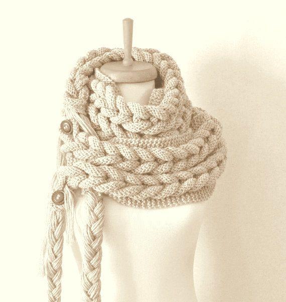 FREE SHIPPING Beige scarf Beige knit di DokumaAccessories