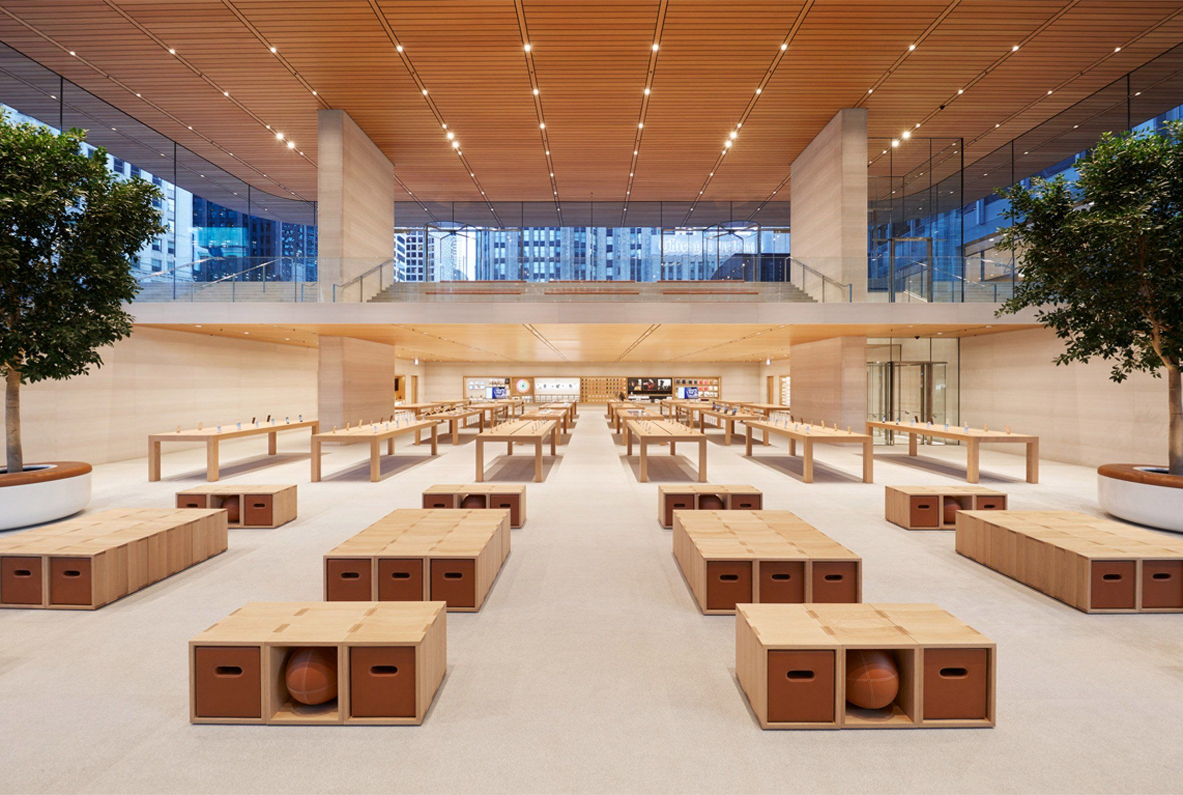 Macbook Shaped Roof Tops Foster Partners Apple Store In Chicago Apple Store Design Store Design Apple Store