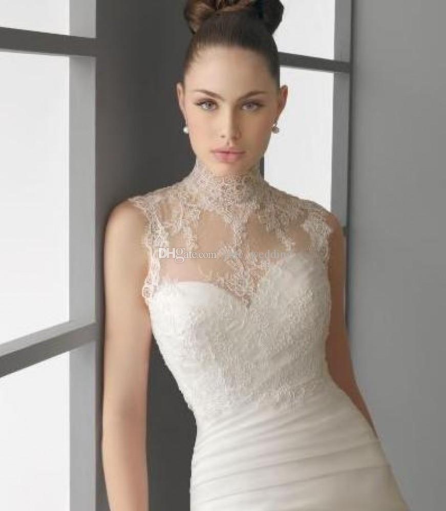 2017 Warm Thick Fur Wedding Cloak Stand Up Collar White Bridal