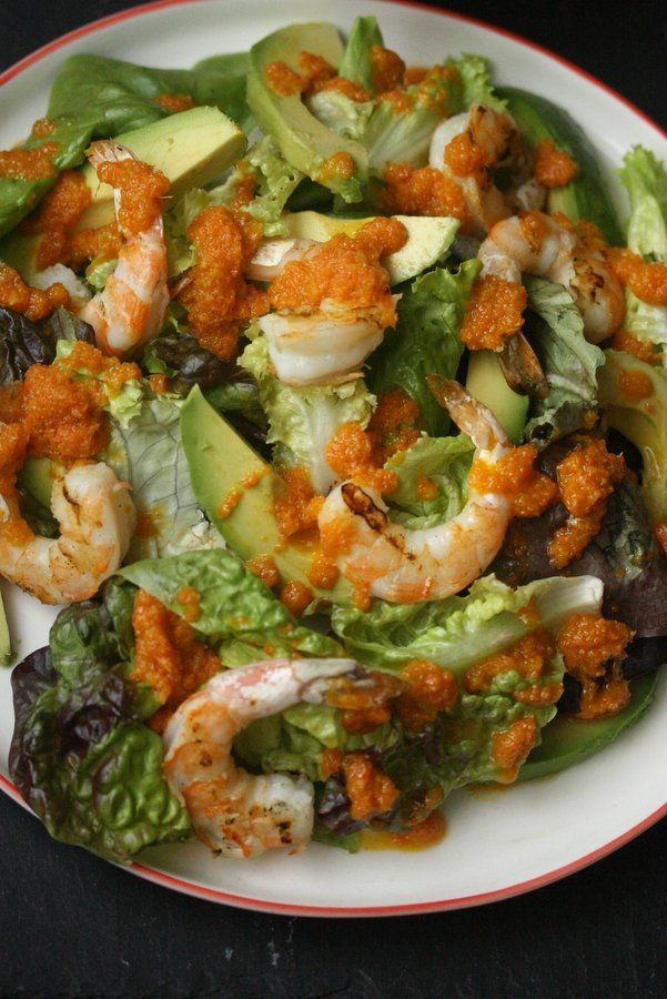 Grilled Shrimp Salad with Avocado and Carrot Ginger Dressing #grilledshrimp