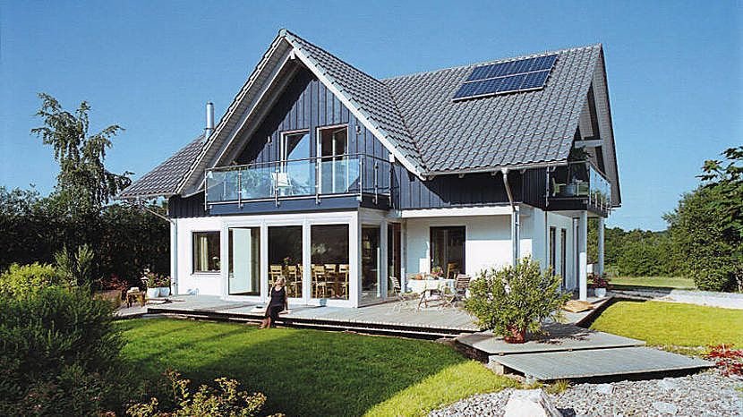 moderner landhausstil mit wintergarten e 15 205 1. Black Bedroom Furniture Sets. Home Design Ideas
