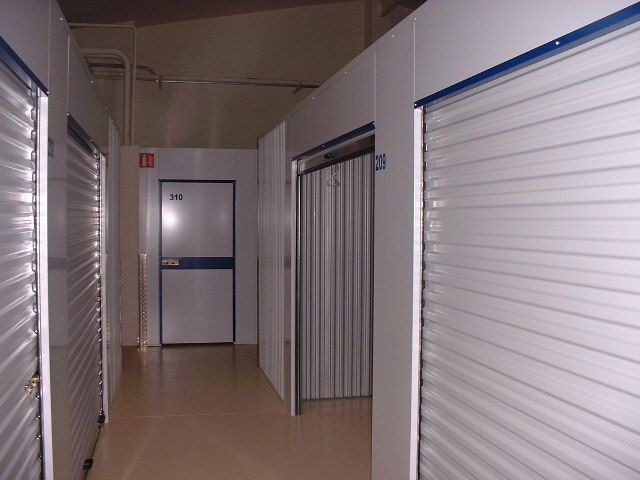 Axal Self Stockage A Colmar Reservation Gratuite Garde Meuble Stockage Box Avec Images Stockage Garde Meuble Meuble