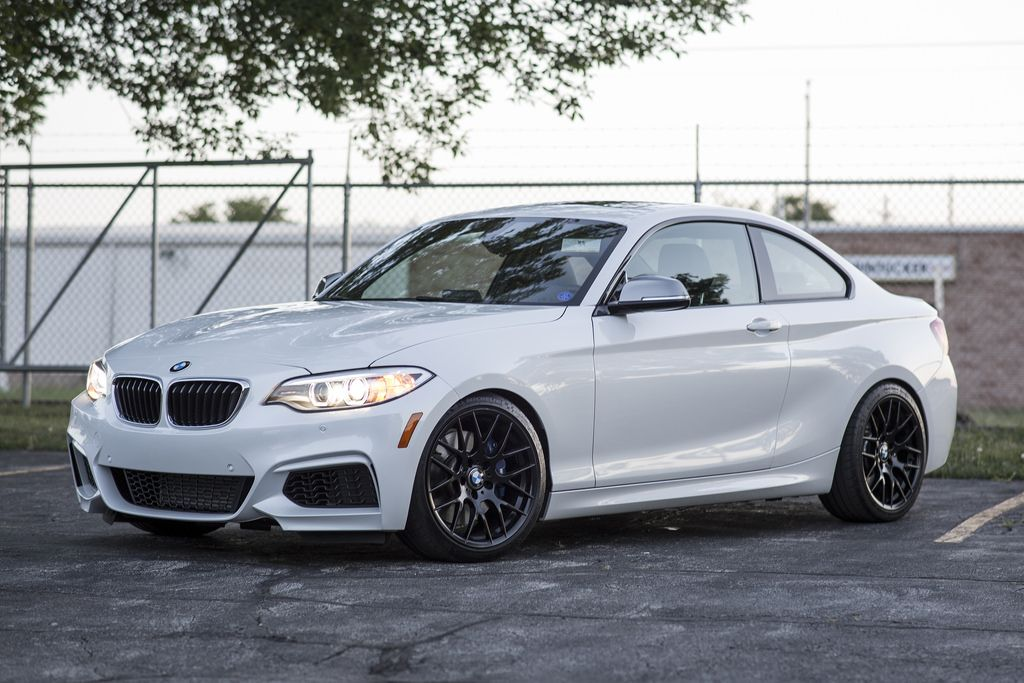 Avant Garde M359 On Mineral White M235i Performance Tyres Bmw