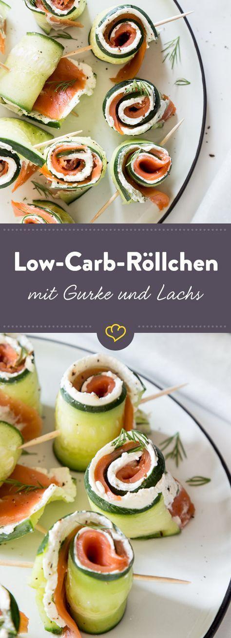 Low-Carb-Partysnack: Schnelle Gurken-Röllchen mit Lachs #schnellepartyrezepte