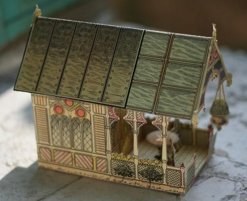Free download! A really beautiful and rare vintage French paper model of a Cottage By The Sea, preserved and shared by Agence Eureka website
