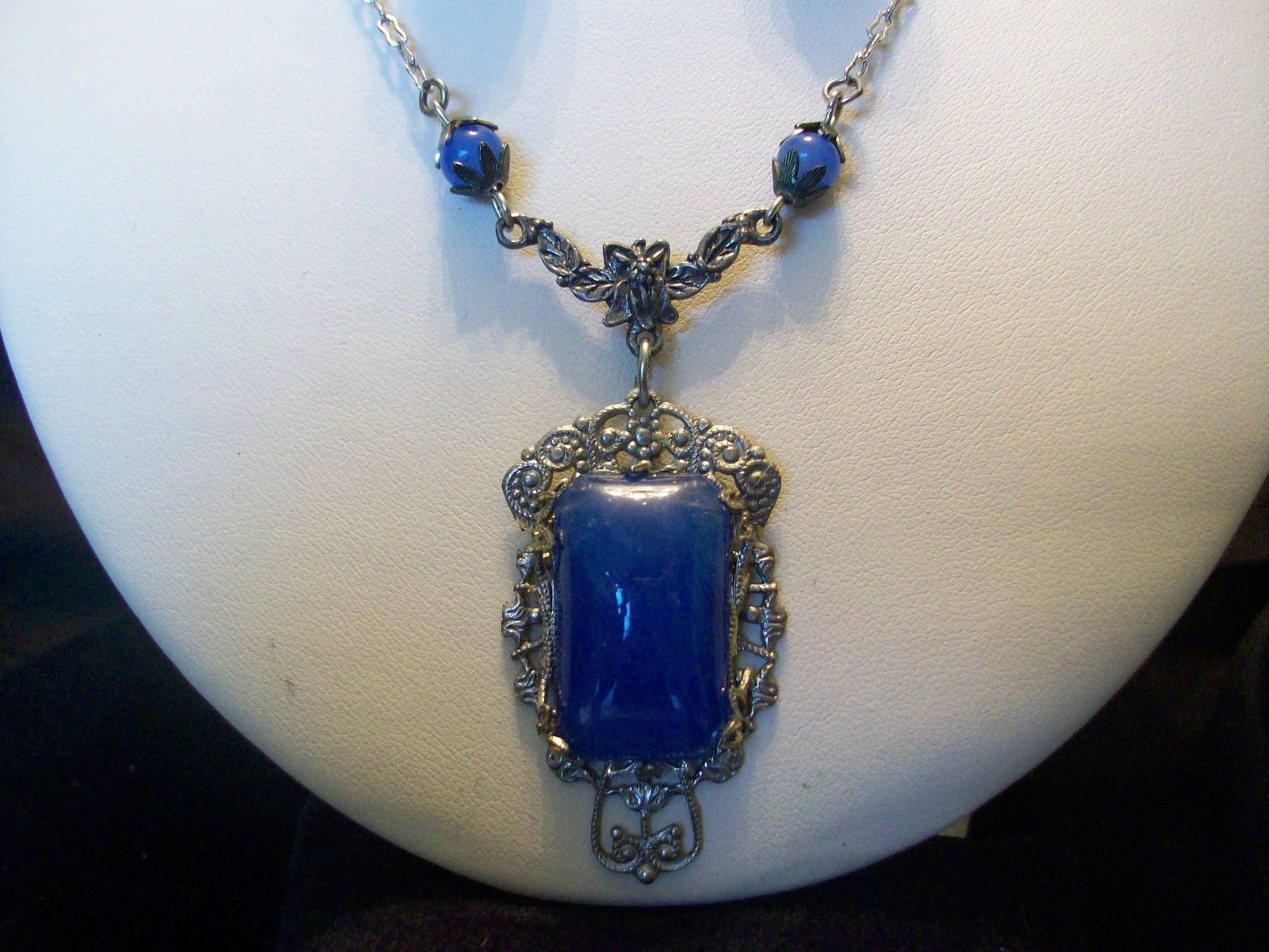 1930s Art Deco Blue Glass and Marcasites Sterling Silver Necklace /& Earrings Set