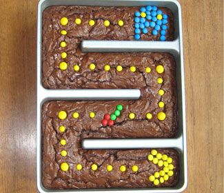 Pac-man brownies (I want one of these pans!)