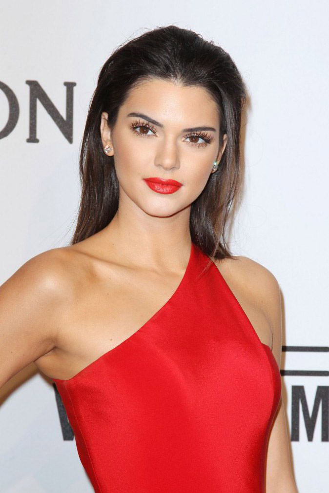 Photos-Kendall-Jenner-bombe-atomique