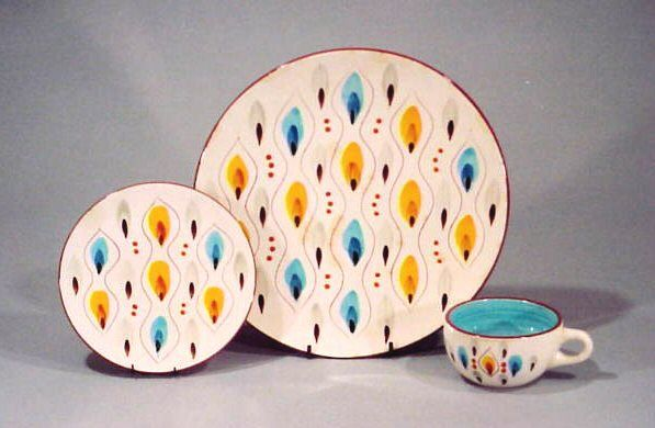 Stangl Pottery in their  Amber-Glo  pattern & Stangl Pottery in their