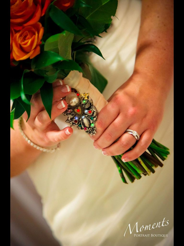 Show off your nails ring and flowers in one shot #Manicure #Monday ...