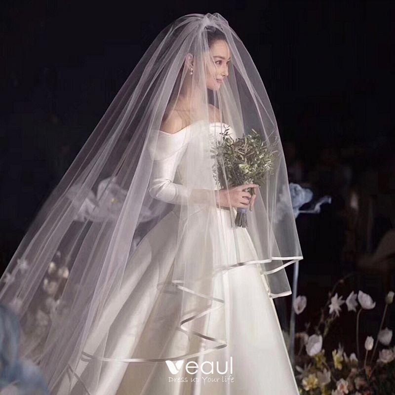 Modern Fashion White Wedding Veils 2020 Tulle Chapel Train 4 M Wedding Accessories In 2020 Wedding Bridal Veils Plain Wedding Dress Bridal