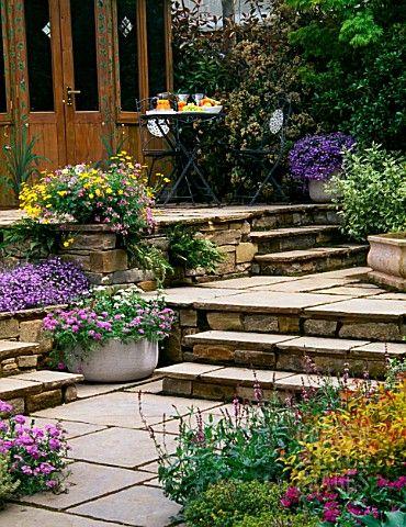 Terraced patio gardens - beautiful entry | Gardening ...